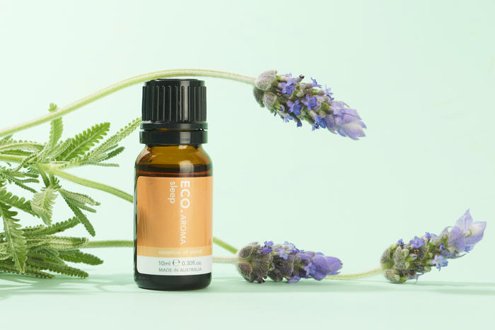 Blend of essential oils for sleep