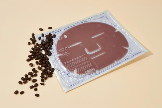 Coffee face mask with antioxidants