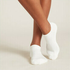 Boody Women's Cushioned Sports Ankle Socks - White