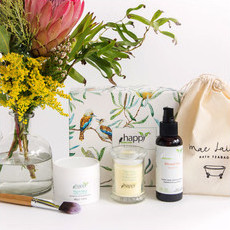Happy Skincare Luxury Soak Gift Box