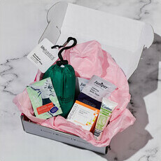 Subscription Beauty Box - Deluxe Samples Each Month