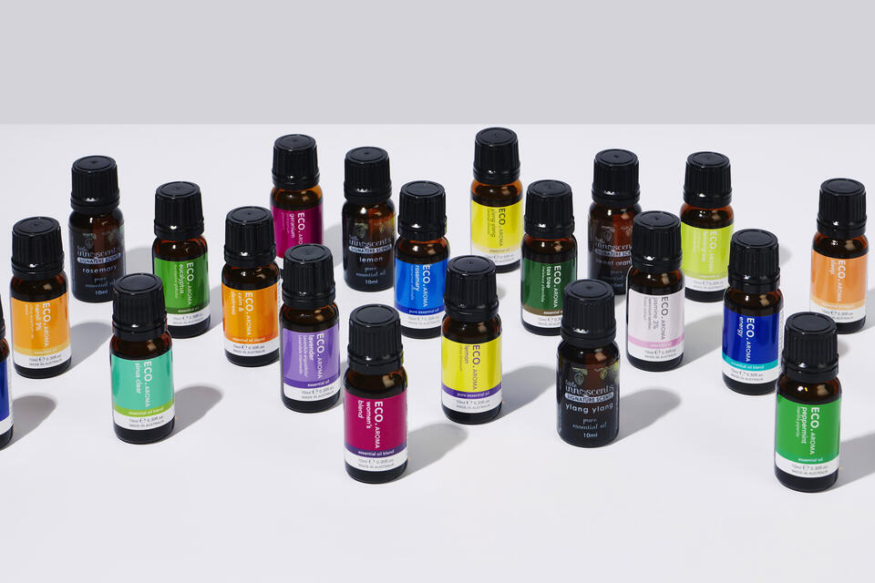 Must have pure essential oils and blends