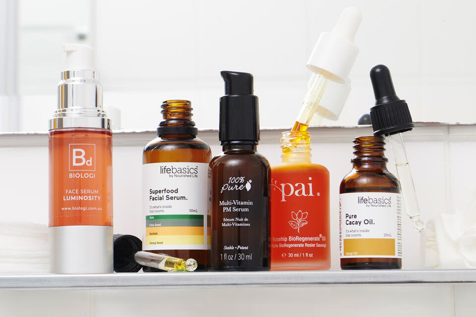 Natural and organic face serums and oils