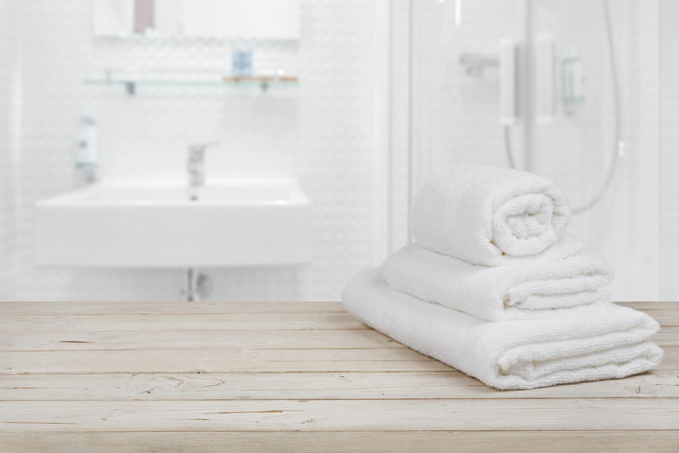 How To Clean Your Bathroom Without Toxins Nourished Life Australia - How to clean your bathroom